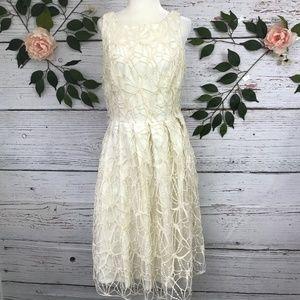 Eva Franco Size 10 Crochet Lace Sleeveless Dress